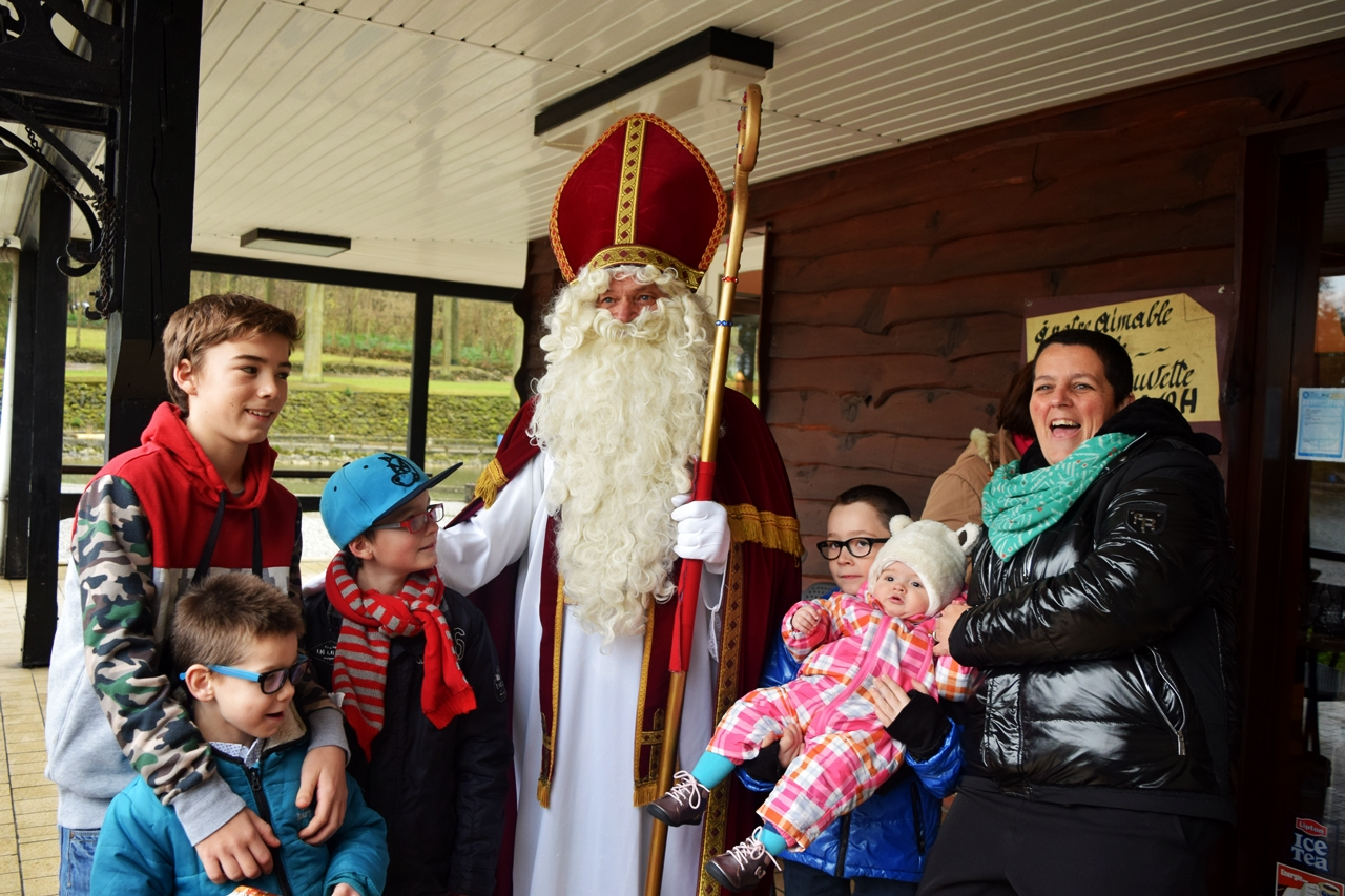 Visite de St Nicolas pour les enfants - 29 Nov 2015