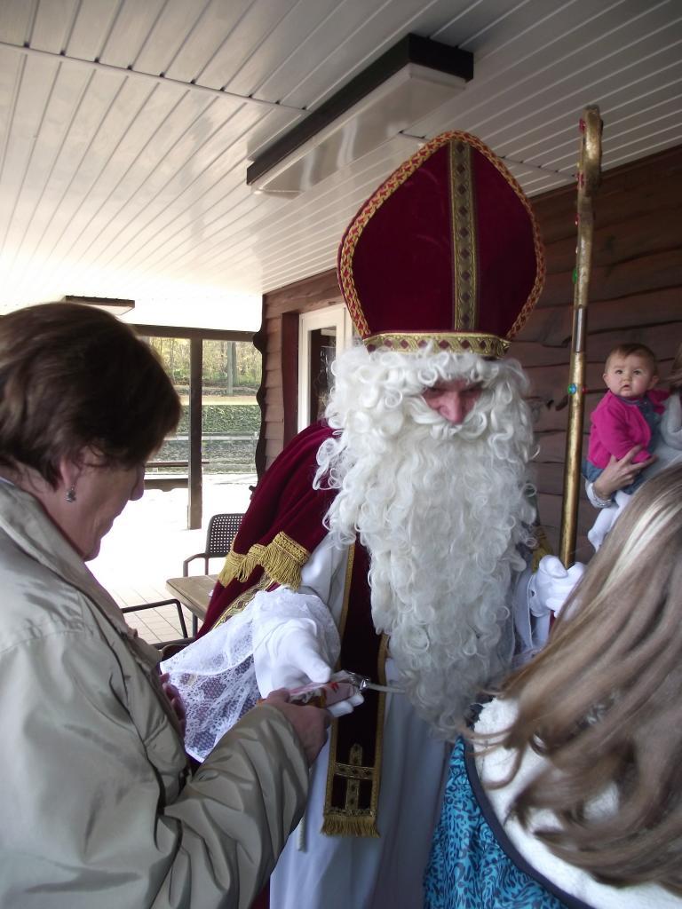 Visite de St Nicolas pour les enfants - 23 Nov 2014